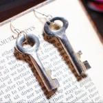 Key Earrings - Skeleton Key Steampunk Earrings Made with Vintage Keys